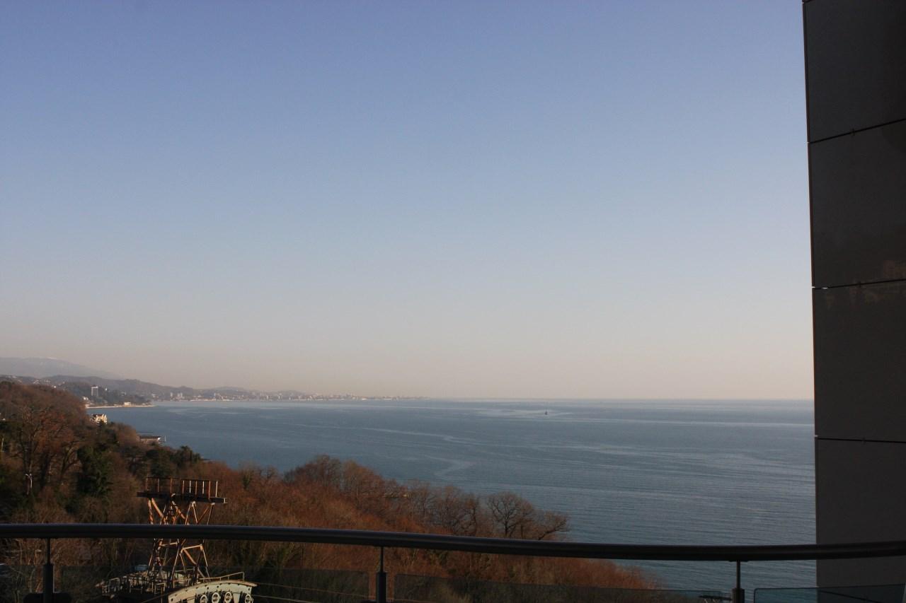 Вид на бескрайнее море