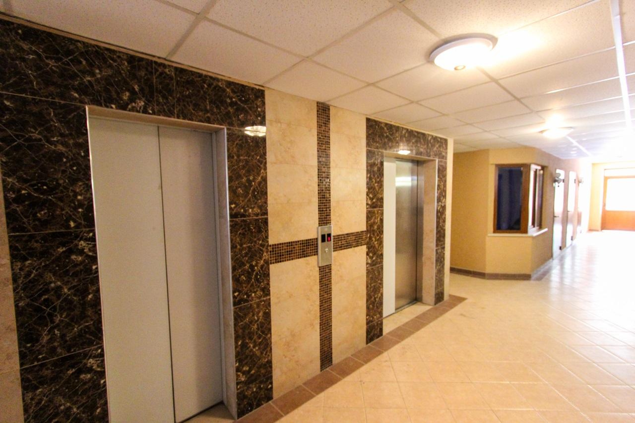 В комплексе два лифта