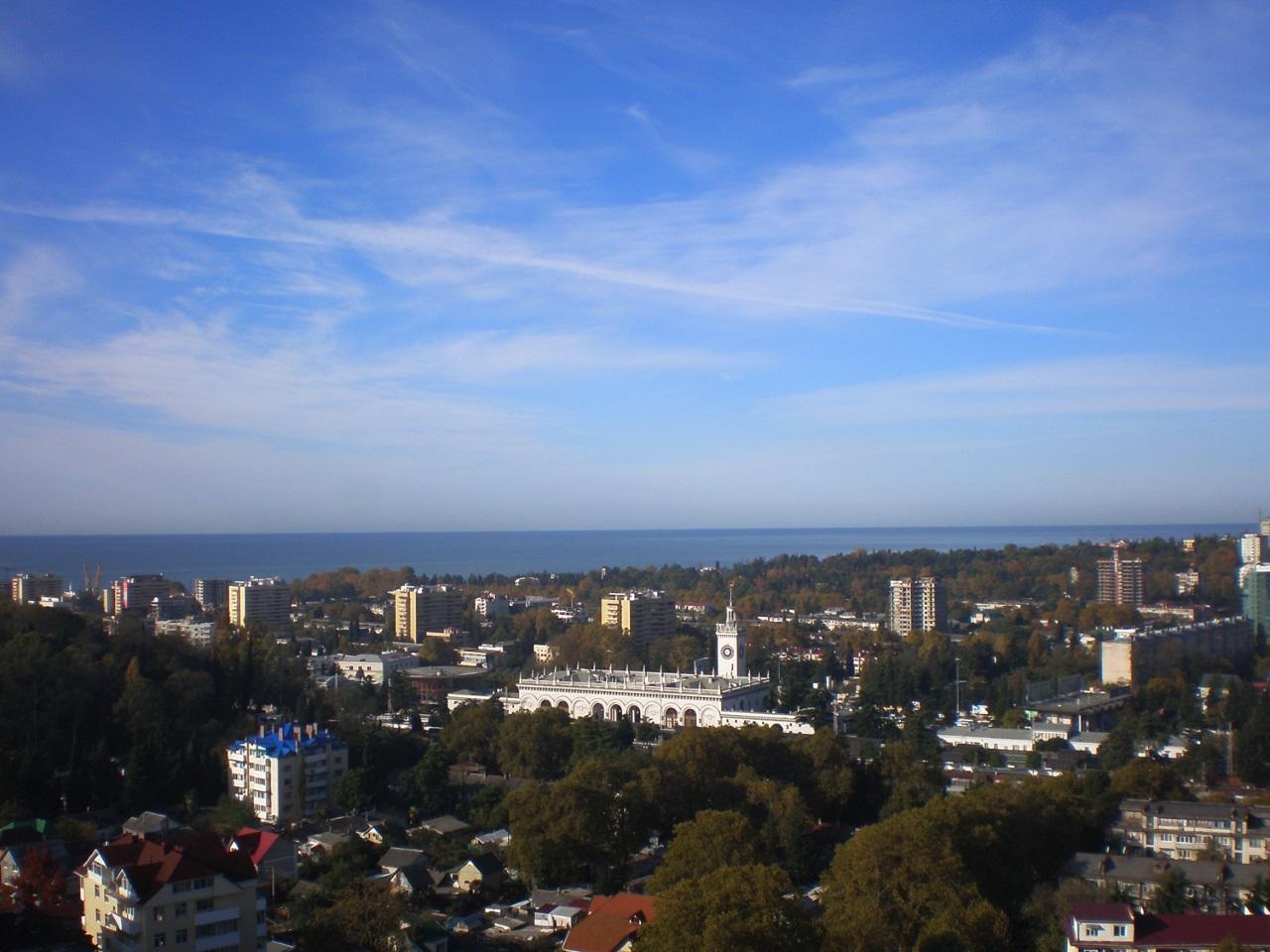 Вид на весь город и море