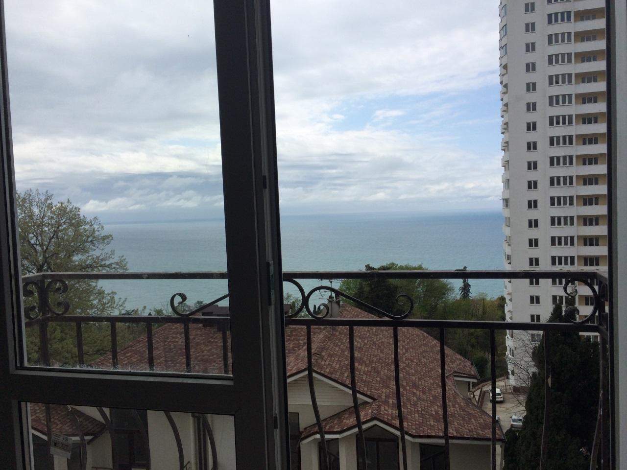 балконы с кованным ограждением