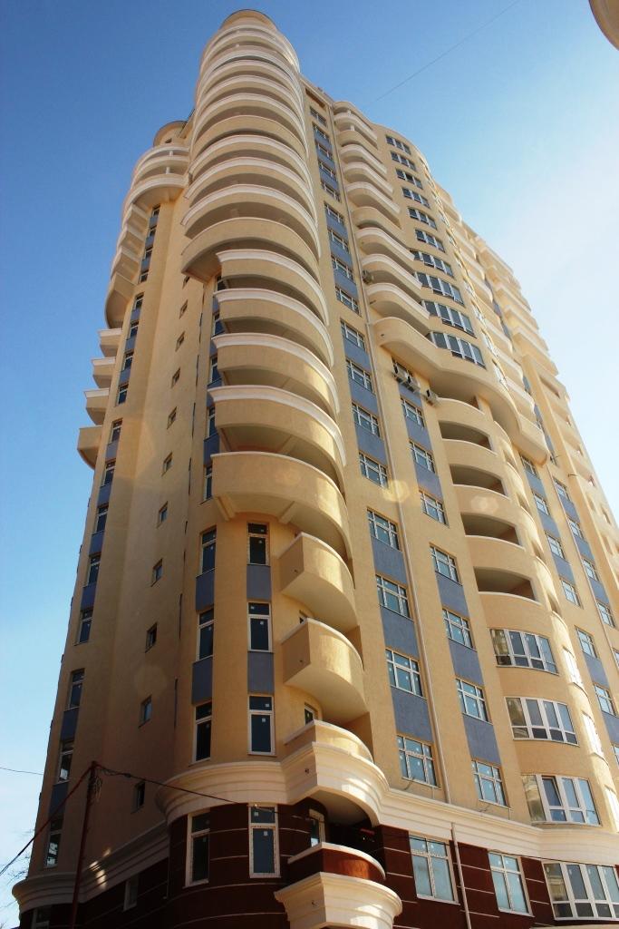 Балконы в форме волны
