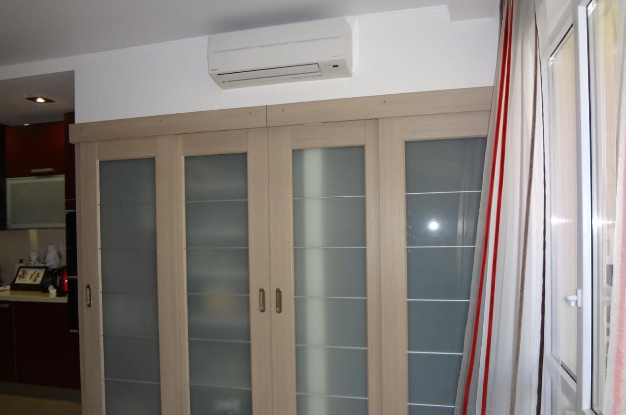 Деревянные подвесные двери