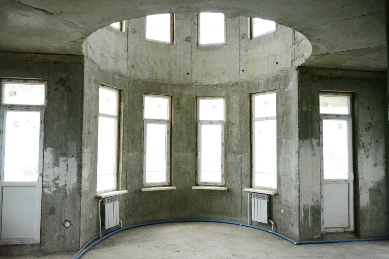 Комната эркером