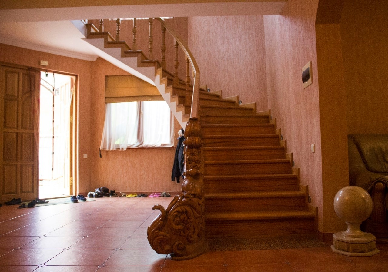 Дорогая лестница