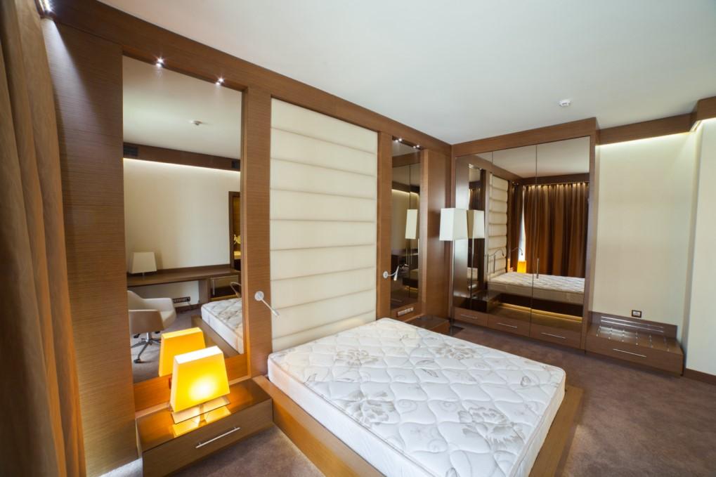 Спальная с современным ремонтом