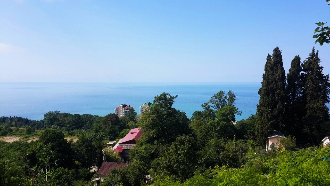 Вид из окон дома на море