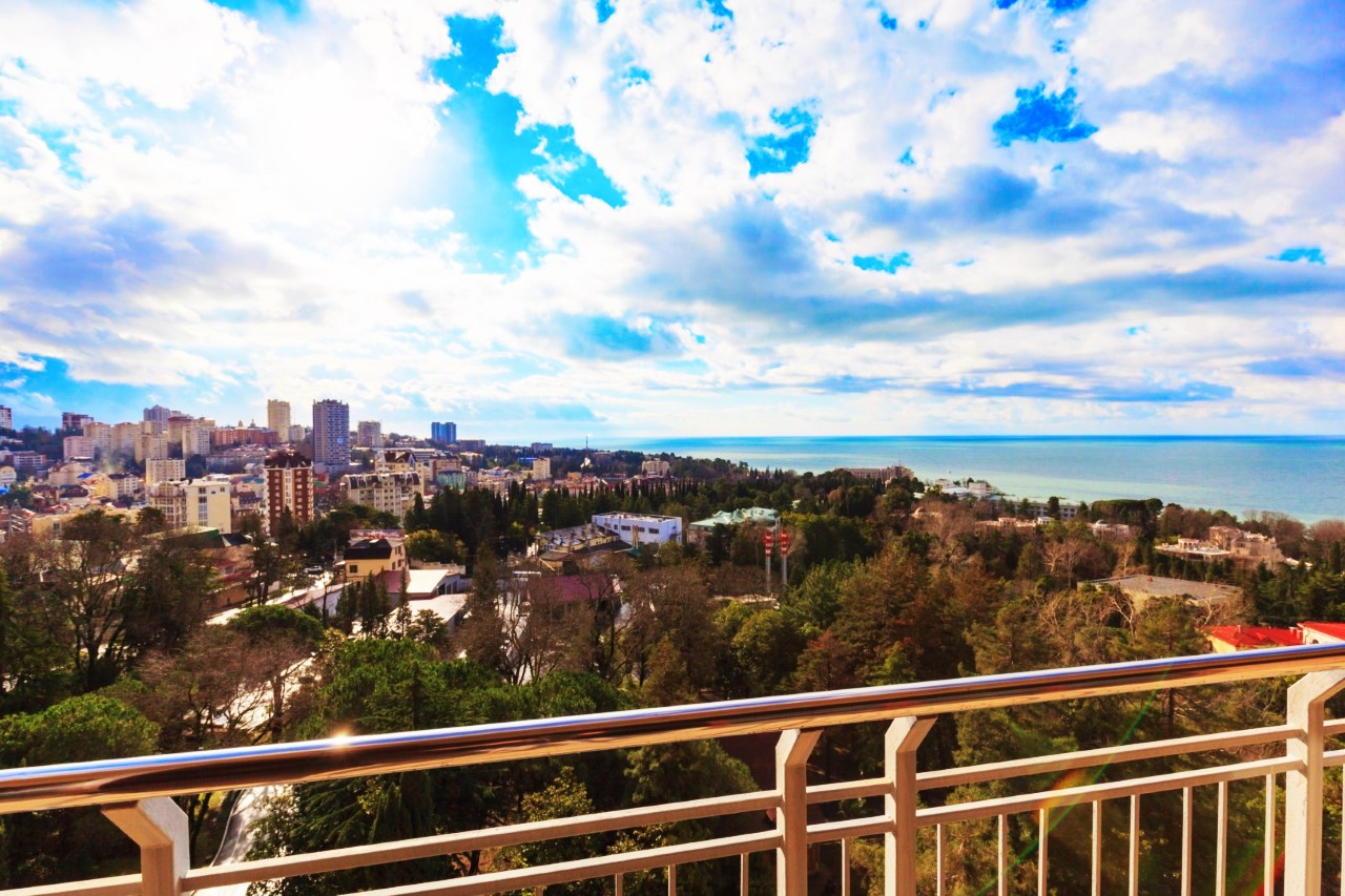 Панорамный вид на море и Сочи