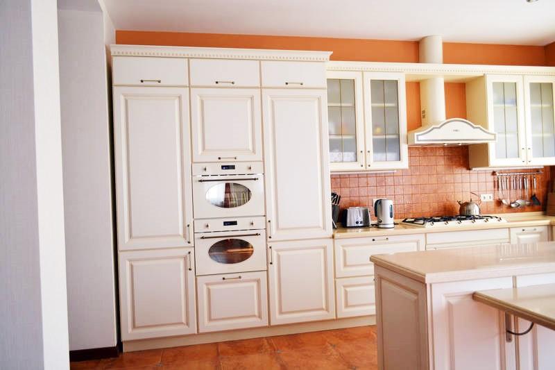 Итальянская белая кухня