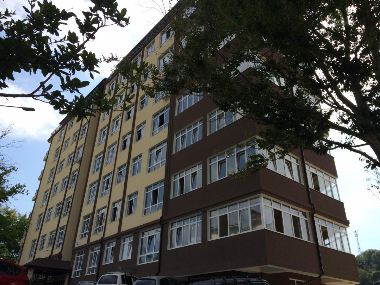 Дом состоит из 8-ми этажей.