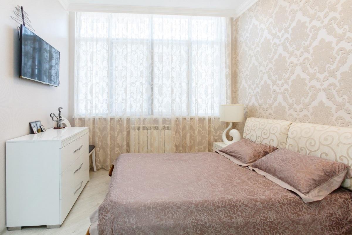 Хозяйская спальная